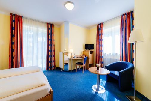 Hotel Graf Lehndorff - Munich - Living room