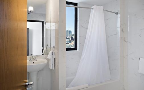 Orchard Street Hotel - New York - Bathroom