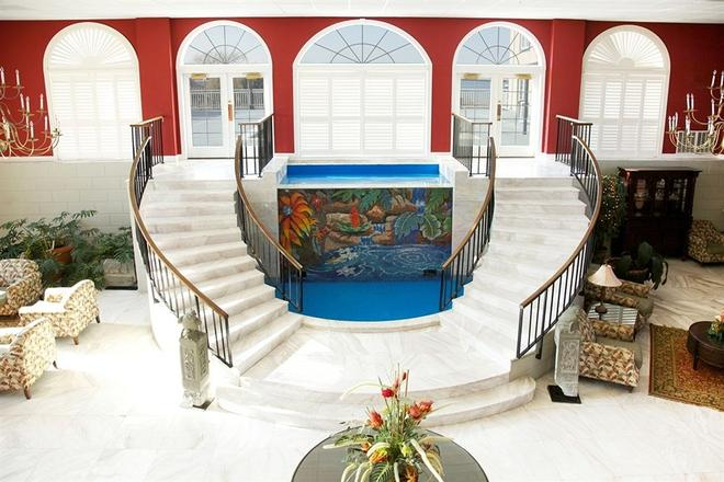 The Coconut Malorie Resort - Ocean City - Lobby