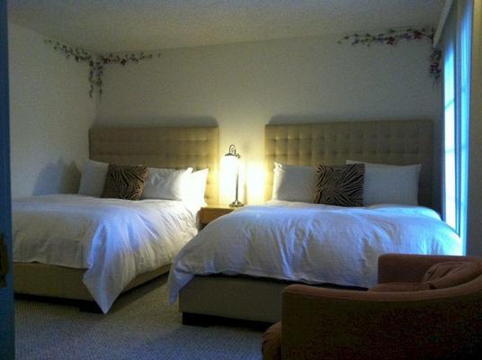 Mediterraneo Resort - Palm Springs - Schlafzimmer
