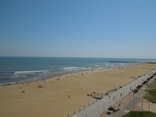 Comfort Inn & Suites Virginia Beach - Oceanfront - Virginia Beach - Bãi biển