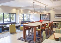 Hampton Inn Tampa-Veterans Expwy (Airport North), FL - Tampa - Lobby