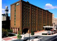 Days Inn by Wyndham Baltimore Inner Harbor - Βαλτιμόρη - Κτίριο