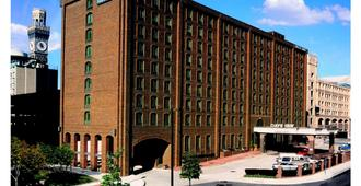 Days Inn by Wyndham Baltimore Inner Harbor - Baltimore - Gebouw