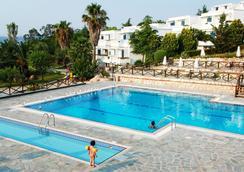 Agionissi Resort - Ammouliani - Pool