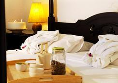 Agionissi Resort - Ammouliani - Bedroom