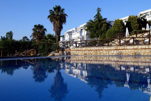 Agionissi Resort - Ammouliani - Building