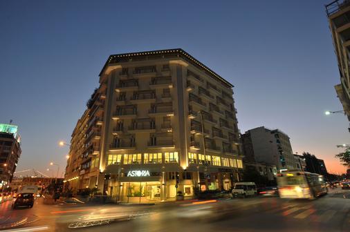 Αστόρια - Θεσσαλονίκη - Κτίριο