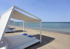 Pomegranate Wellness Spa Hotel - Nea Poteidaia - Beach