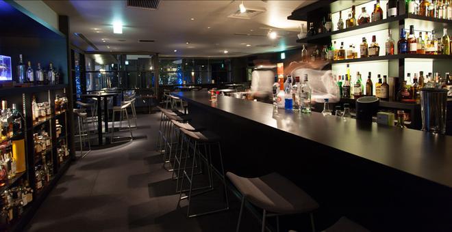 Cross Hotel Osaka - Ōsaka - Bar