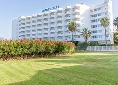 Eix Lagotel - Can Picafort - Κτίριο