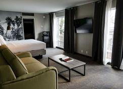 Vagabond Inn Palm Springs - Palm Springs - Servicio de la habitación