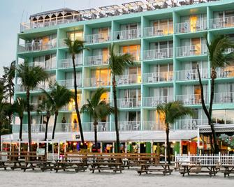 Lani Kai Beachfront Resort - Fort Myers Beach - Building