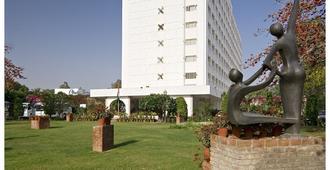 Clarks Amer - Jaipur
