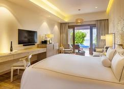 Lily Beach Resort & Spa - Huvahendhoo - Soveværelse