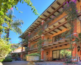 Hosteria Las Quintas Hotel - Cuernavaca - Building