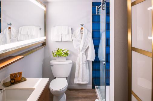Hotel Essex - Chicago - Bathroom