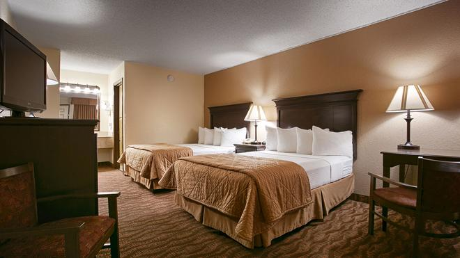 Best Western Center Pointe Inn - Branson - Bedroom