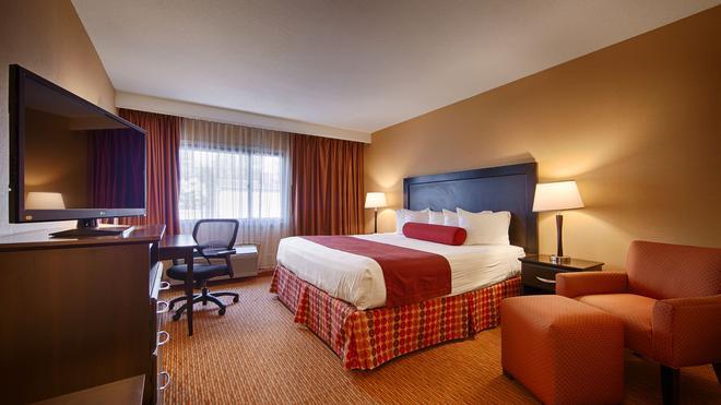 Best Western at O'Hare - Rosemont - Bedroom