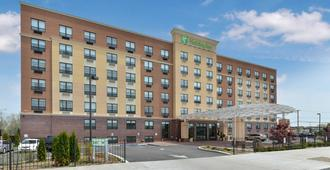Holiday Inn New York JFK Airport Area - Queens
