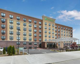 Holiday Inn New York JFK Airport Area - Queens - Byggnad