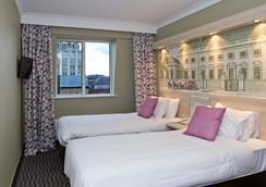 總統酒店 - 倫敦 - 臥室