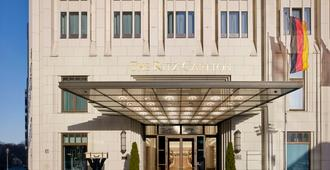 The Ritz-Carlton Berlin - Berlin - Building