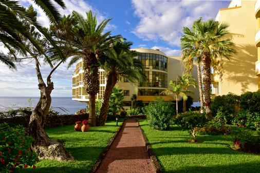 Pestana Palms Ocean Aparthotel - Funchal - Building