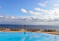 Pestana Palms Ocean Aparthotel - Funchal - Pool