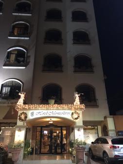 Hotel Monteolivos - San Pedro Sula - Building