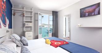 Ryans La Marina - İbiza - Yatak Odası