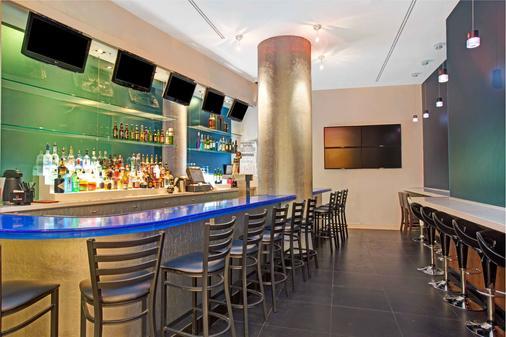 溫德姆花園唐人街酒店 - 紐約 - 酒吧