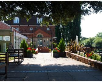 Diglis House Hotel - Worcester - Building