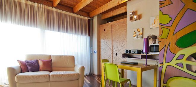 迪莫拉樂諾夫菲特酒店 - 貝爾加莫 - 貝加莫 - 客廳