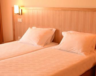 Estalagem Santo Andre - Повуа-ді-Варзін - Bedroom