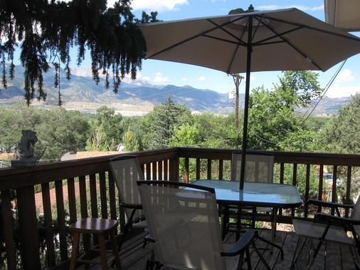 Mystic Portal - Colorado Springs - Balcony