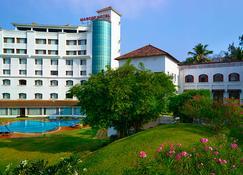 The Mascot Hotel - A Heritage Living Experience - Thiruvananthapuram - Building