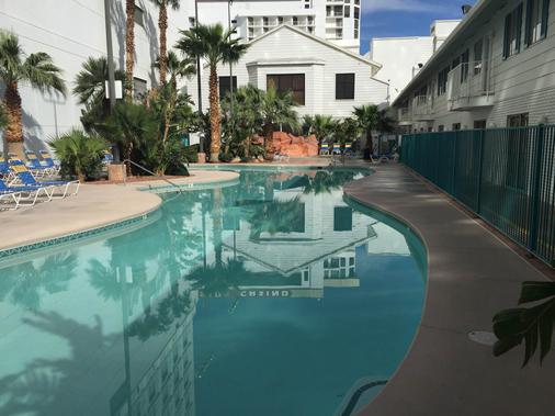 Don Laughlin's Riverside Resort Hotel & Casino - Laughlin - Πισίνα