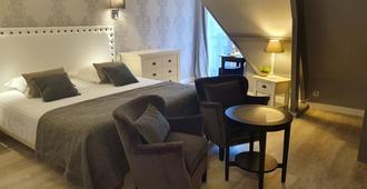 Le Trophée By M Hôtel & Spa - דואו-וויל - חדר שינה