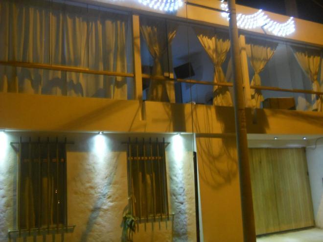Casa Hospedaje North Beach - Los Organos - Building