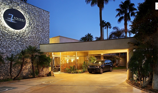 7 Springs Inn & Suites - Palm Springs - Edificio