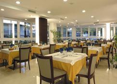 Hotel New York - Lignano Sabbiadoro - Dining room