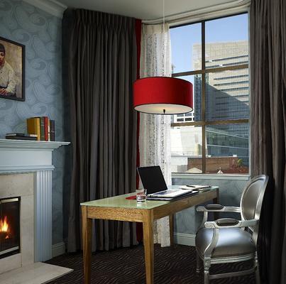 Carriage Inn - San Francisco - Living room