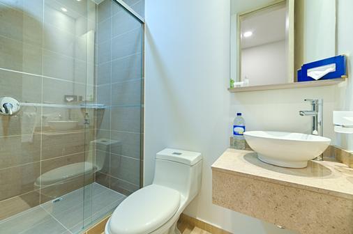 Ms Pacífico Chipichape Plus - Cali - Bathroom
