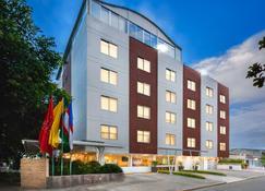 Hotel Ms Chipichape Superior - Cali - Building