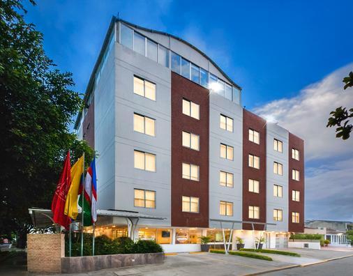 Ms Chipichape Superior - Cali - Building