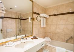 Romantik Hotel Bülow Residenz - Dresden - Bathroom
