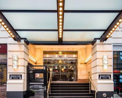 Radio City Apartments - New York - Rakennus