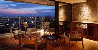 Agora Fukuoka Hilltop Hotel & Spa - פוקואוקה - מרפסת