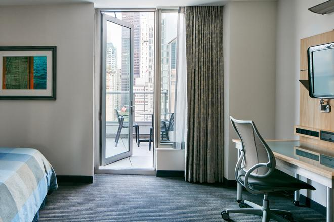 World Center Hotel - New York - Parveke
